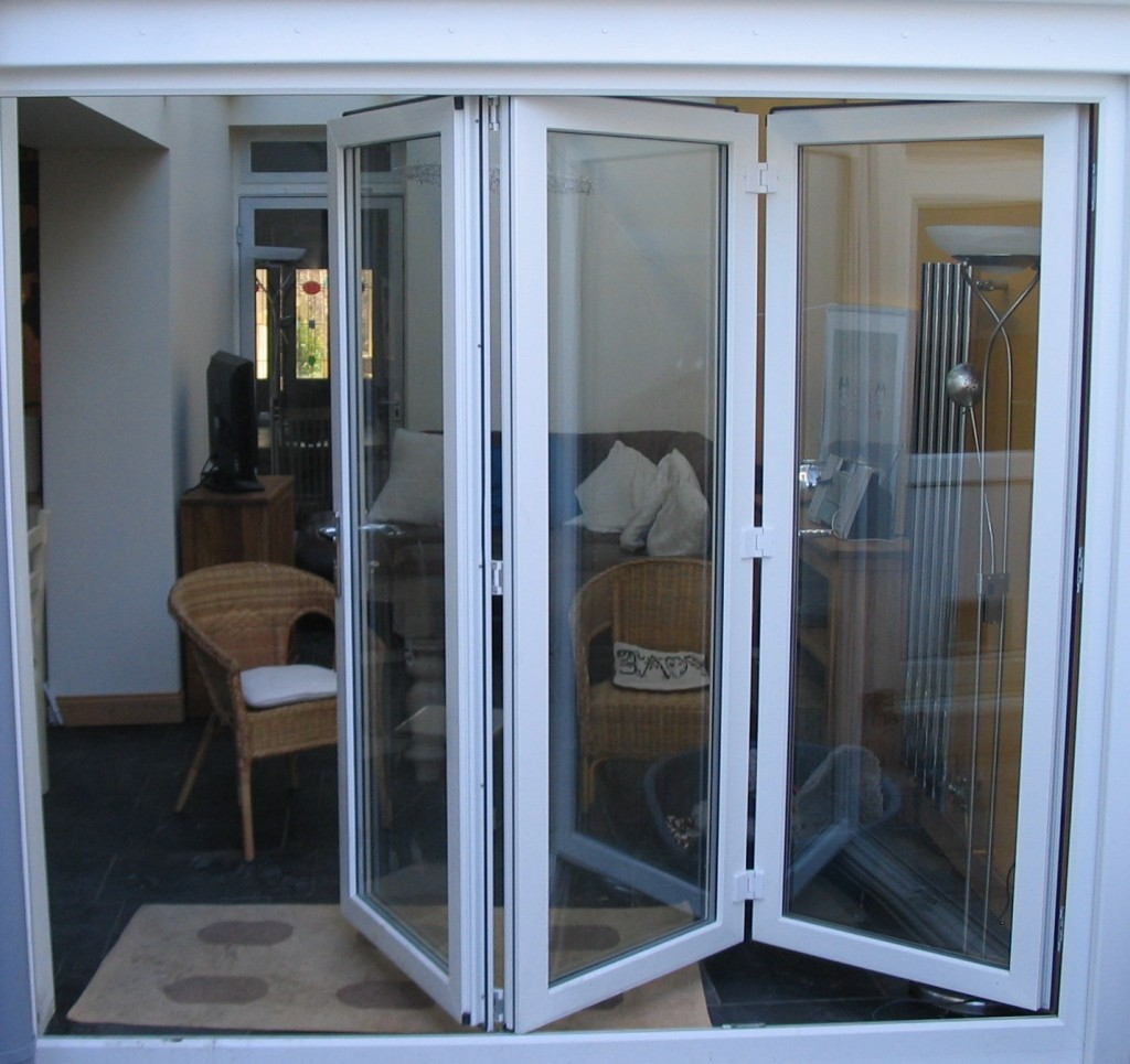 Double glazed patio doors french sliding or bi folding for Patio doors folding sliding