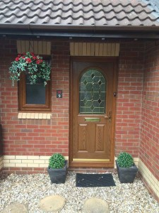 Woodgrain-entrance-door